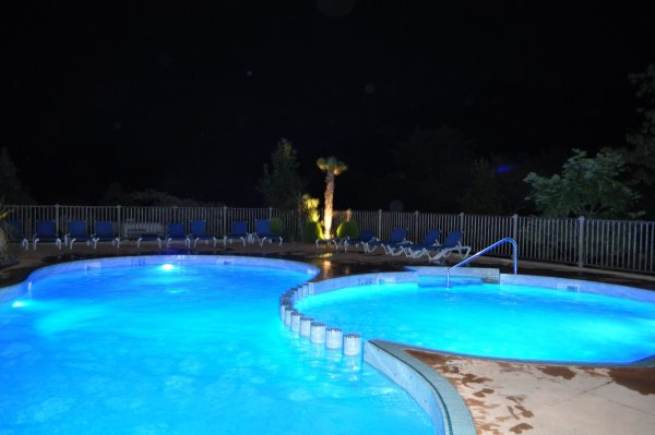 Cerisiers Du Jaur Campsite In The Countryside With